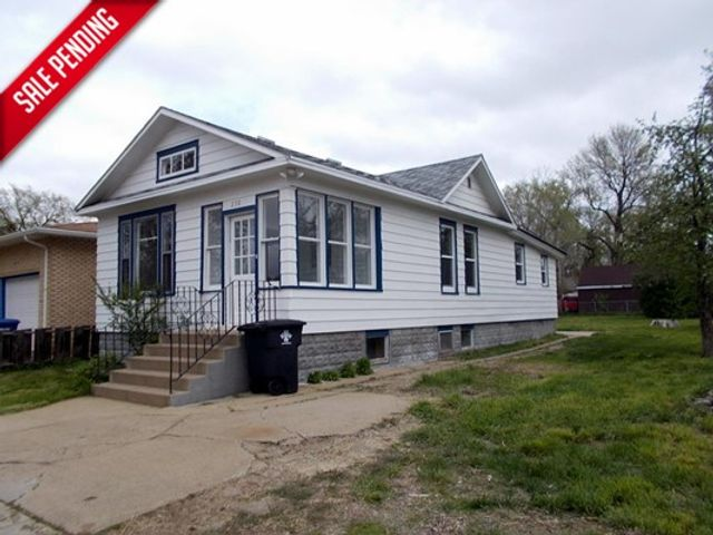 1912 230 5th Ave West Dickinson ND in Dickinson, ND 58601