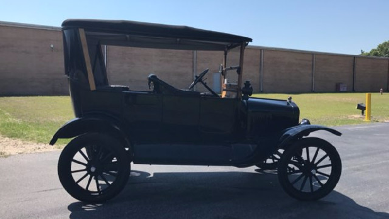 1917 Ford MODEL T Touring  in Hope Mills, NC