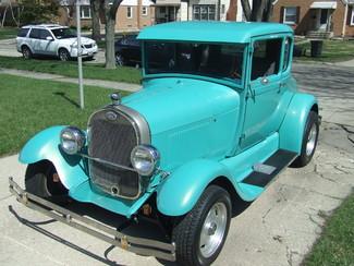 1928 Ford 5-Window Coupe    Mokena, Illinois   Classic Cars America LLC in Mokena Illinois