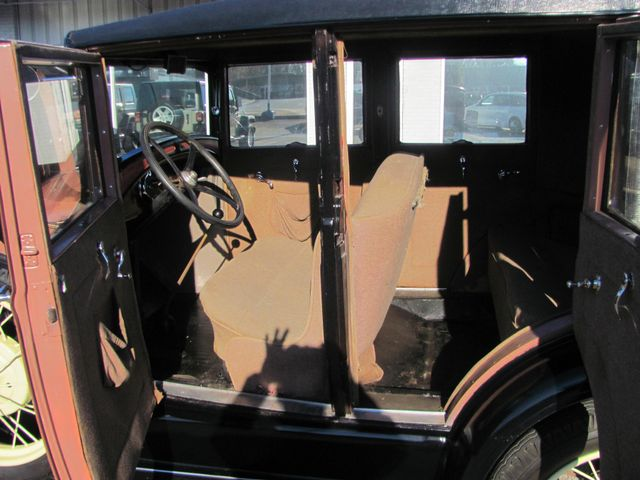 1928 Ford A LEATHER BACK Dickson, Tennessee 10