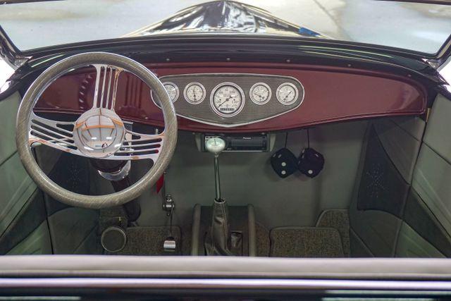1932 Ford Model B Roadster Hot Rod San Diego, California 24