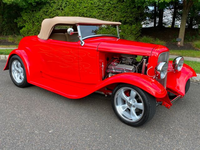 1932 Ford Roadster 350 CHEVY FRAME UP 4-LINK COIL OVER WOW MUST SEE
