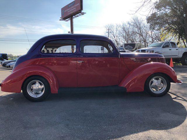 1938 Ford Restromod  2 Door Humpback Boerne, Texas 6