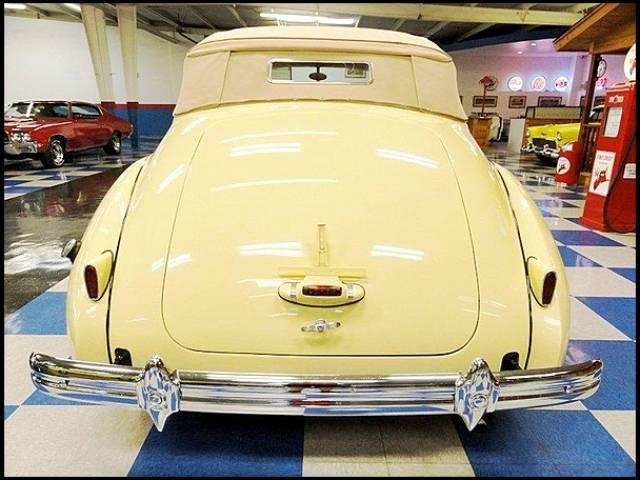 1939 Packard 120 SUPER EIGHT CONVERTIBLE Phoenix, Arizona 3