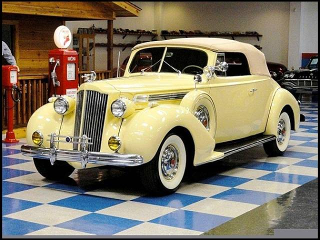 1939 Packard 120 SUPER EIGHT CONVERTIBLE Phoenix, Arizona 2