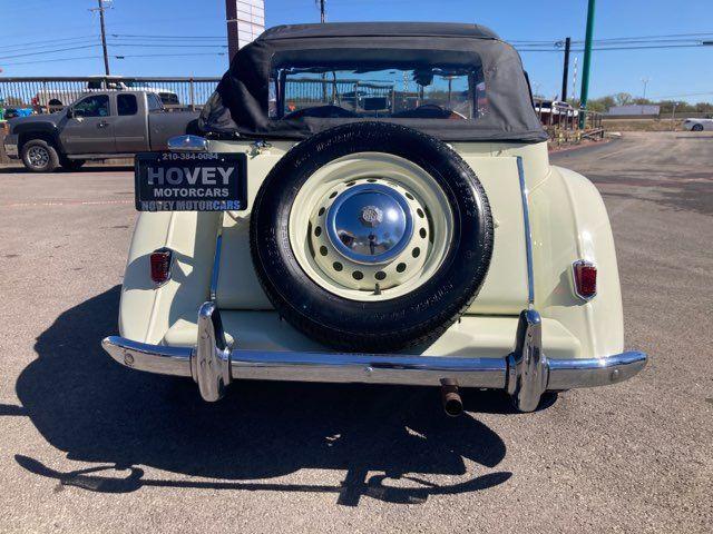 1950 Mg TD in Boerne, Texas 78006