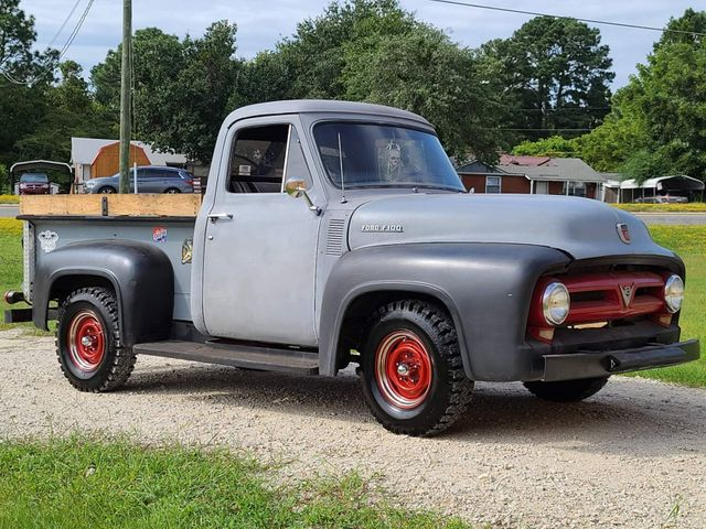 1953 Ford F-100 Pickup in Hope Mills, NC 28348