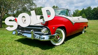1955 Ford FAIRLANE SUNLINER Valley Park, Missouri