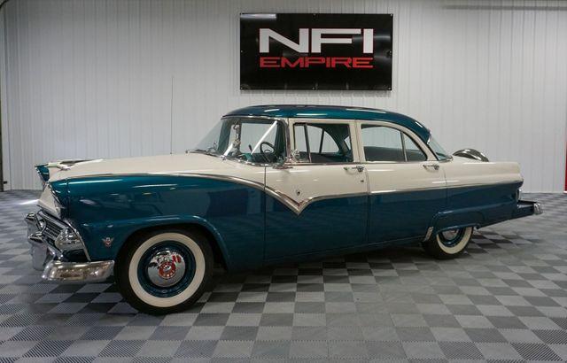 1955 Ford Mainline Fairlane