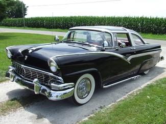 1956 Ford Crown Victoria    Mokena, Illinois   Classic Cars America LLC in Mokena Illinois