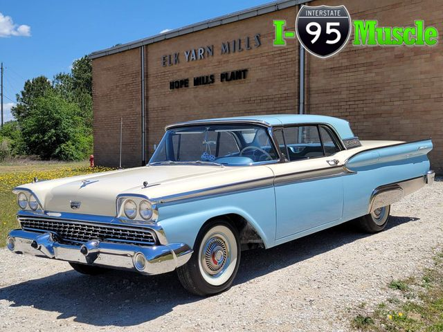 1959 Ford Fairlane 500 Galaxie Skyliner in Hope Mills, NC 28348