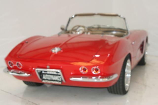 1961 Chevrolet CORVETTE Houston, Texas 10