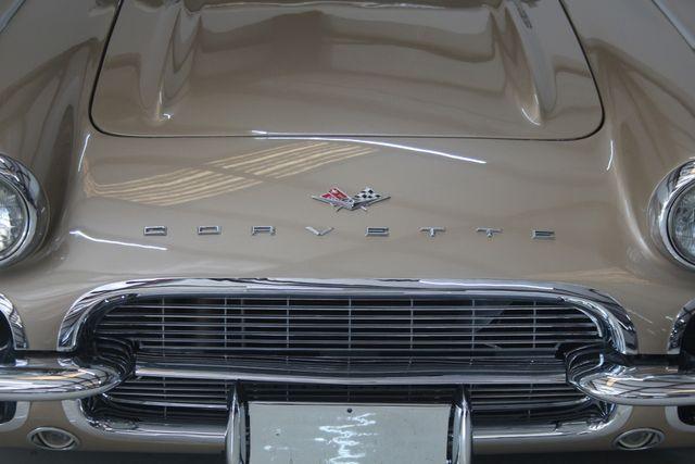 1961 Chevrolet CORVETTE Custom Restomod Houston, Texas 2