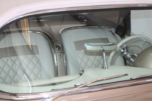 1961 Chevrolet CORVETTE Custom Restomod Houston, Texas 11