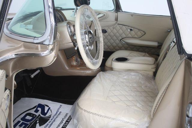 1961 Chevrolet CORVETTE Custom Restomod Houston, Texas 24