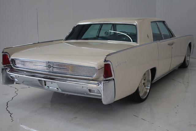 1961 Lincoln CONTINENTAL Suicide Door Houston, Texas 11
