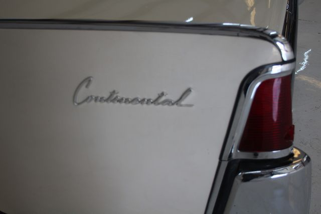 1961 Lincoln CONTINENTAL Suicide Door Houston, Texas 14