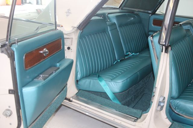 1961 Lincoln CONTINENTAL Suicide Door Houston, Texas 19