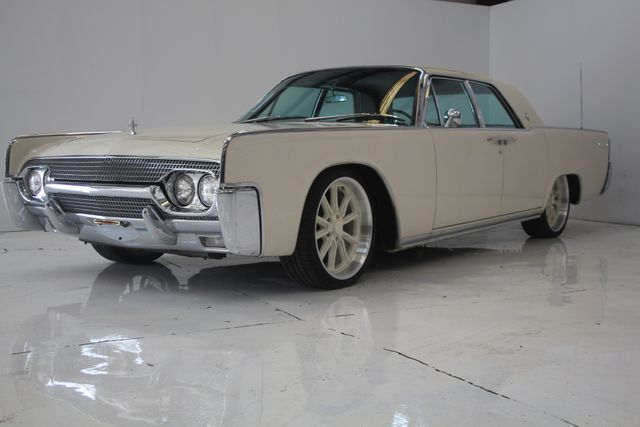 1961 Lincoln CONTINENTAL Suicide Door Houston, Texas 3