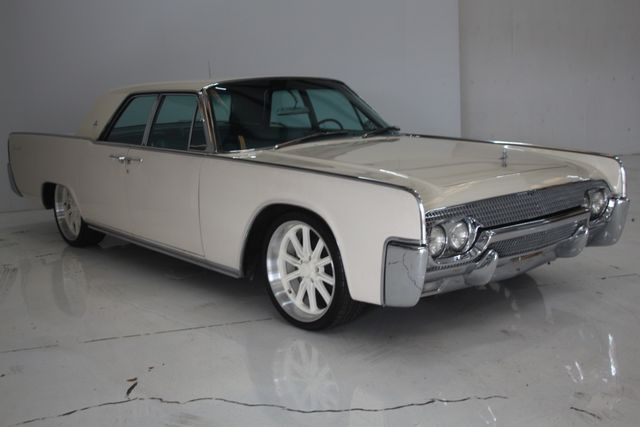 1961 Lincoln CONTINENTAL Suicide Door Houston, Texas 5