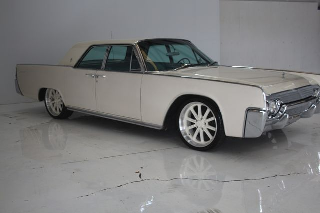 1961 Lincoln CONTINENTAL Suicide Door Houston, Texas 6