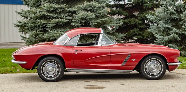 1962 Chevrolet CORVETTE ROADSTER Valley Park, Missouri 13