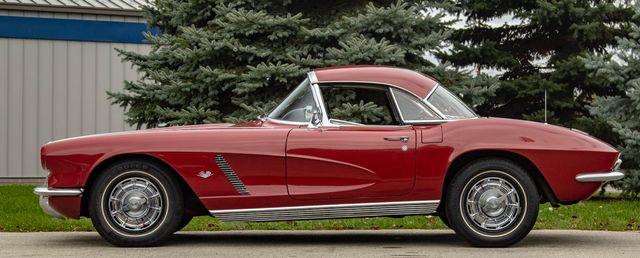 1962 Chevrolet CORVETTE ROADSTER Valley Park, Missouri 10