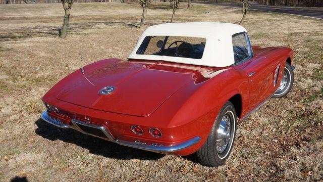 1962 Chevrolet CORVETTE ROADSTER Valley Park, Missouri 8