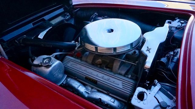 1962 Chevrolet CORVETTE ROADSTER Valley Park, Missouri 20