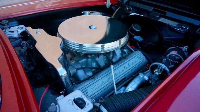 1962 Chevrolet CORVETTE ROADSTER Valley Park, Missouri 18