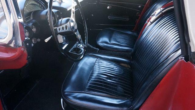 1962 Chevrolet CORVETTE ROADSTER Valley Park, Missouri 31