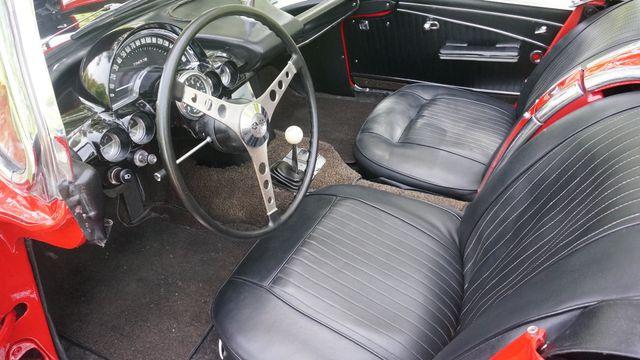 1962 Chevrolet CORVETTE ROADSTER Valley Park, Missouri 15