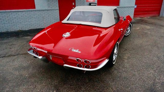 1963 Chevrolet CORVETTE FUEL INJECTED RESTOMOD Valley Park, Missouri 8