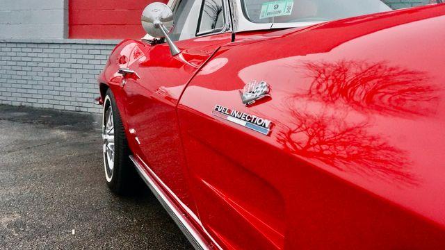 1963 Chevrolet CORVETTE FUEL INJECTED RESTOMOD Valley Park, Missouri 11
