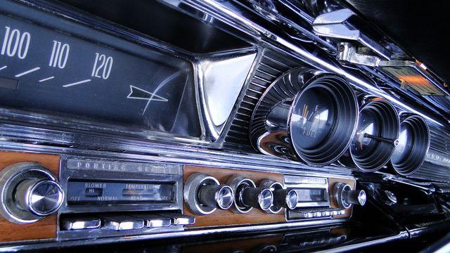 1964 Pontiac BONNEVILLE W/BUILD SHEET 2 DOOR SPORT COUPE A/C, 51,000 ORIG MILES Phoenix, Arizona 19