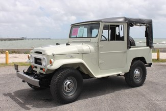 1964 Toyota FJ40L in Rockport/Fulton, Texas