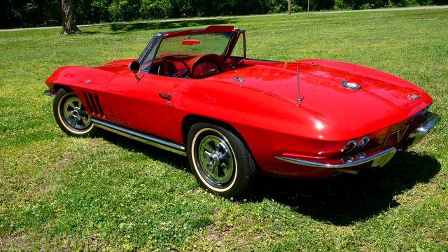 1965 Chevrolet CORVETTE  327/365HP Valley Park, Missouri 12