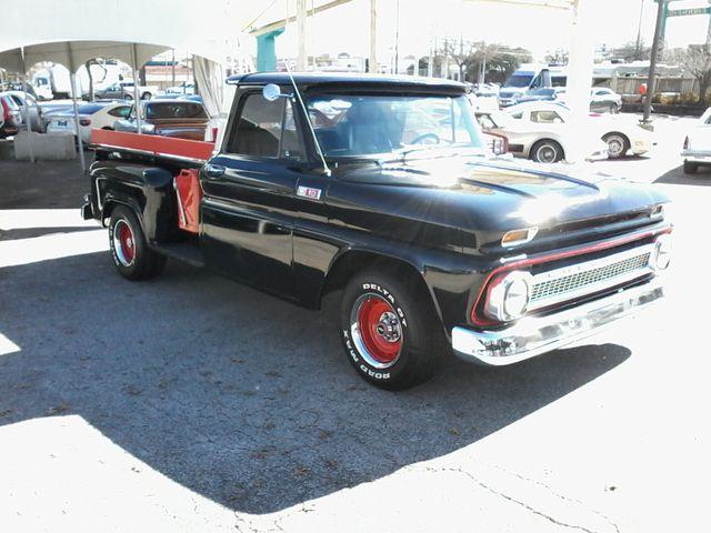 1965 Chevrolet Stepside San Antonio, Texas 3