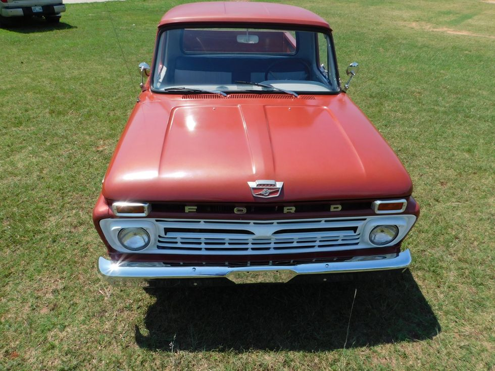1965 Ford F100 | Mustang OK | Classic 405 Motors