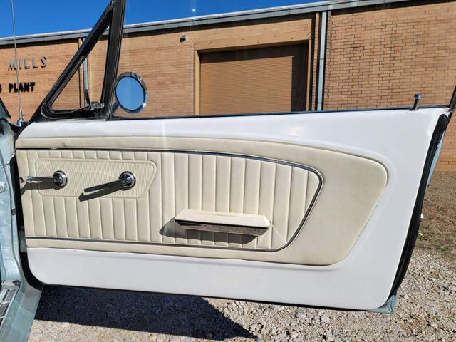 1965 Ford Mustang Hardtop in Hope Mills, NC 28348