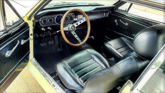 1965 Ford MUSTANG 302 5-SPEED COUPE Phoenix, Arizona 1