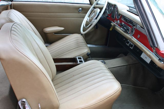 1965 Mercedes-Benz 230 SL Houston, Texas 18