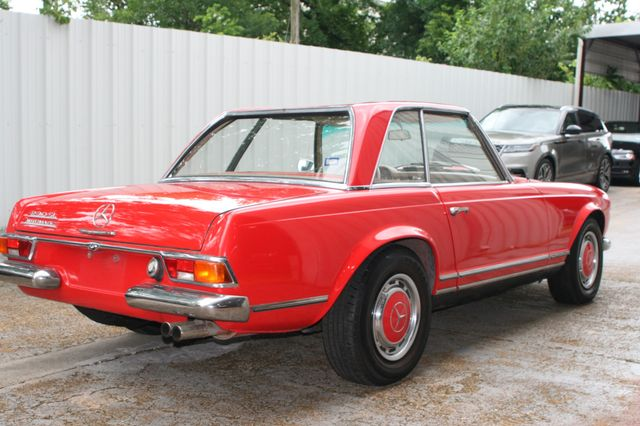 1965 Mercedes-Benz 230 SL Houston, Texas 4