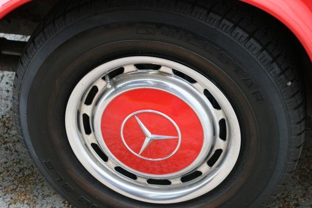 1965 Mercedes-Benz 230 SL Houston, Texas 7