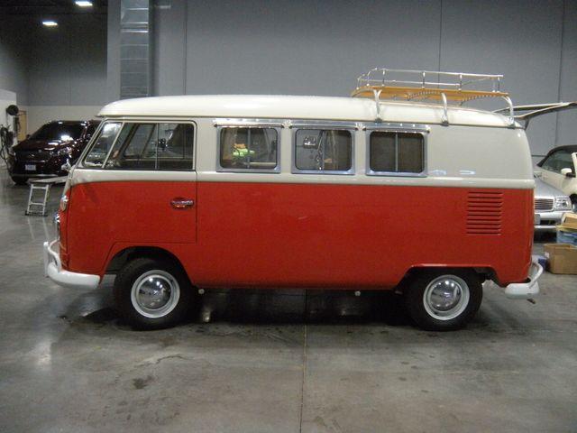 1965 Volkswagen TRANSPORTER 211 CAMPER VAN Chesterfield, Missouri 1