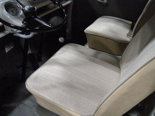 1965 Volkswagen TRANSPORTER 211 CAMPER VAN Chesterfield, Missouri 12