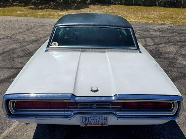 1966 Ford Thunderbird Town Hardtop 428 in Hope Mills, NC 28348