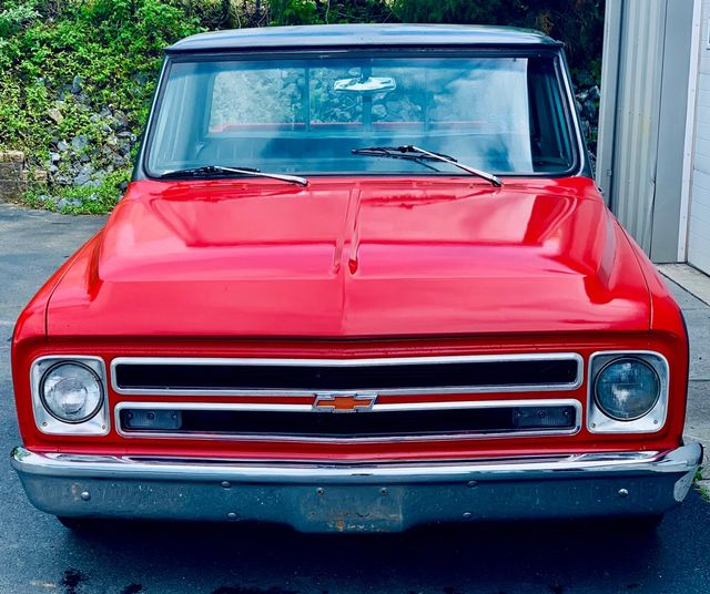1967 Chevrolet C10 Pickup 2WD