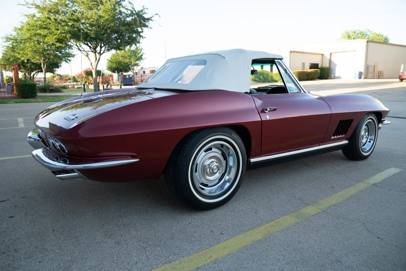 1967 Chevrolet CORVETTE STING RAY in Rowlett, Texas