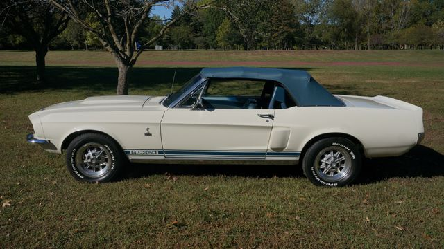 1967 Ford MUSTANG SHELBY GT350 Valley Park, Missouri 2